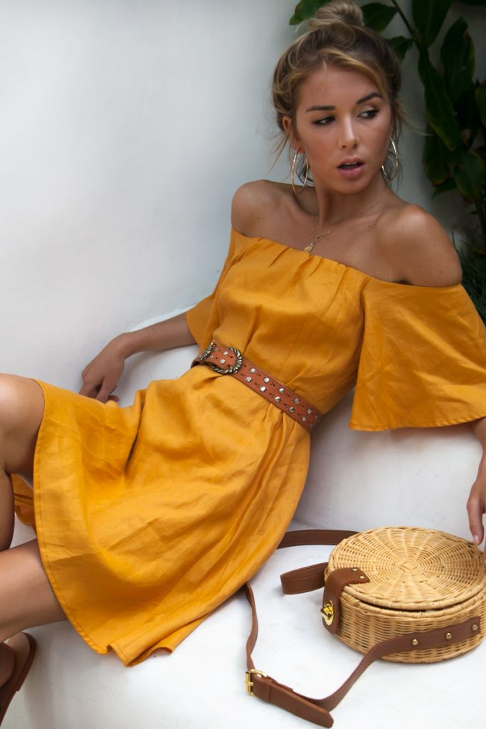 tuscany-linen-dress-by-palm-collective-summer must have pieces ad outfit insp for your vacation to positano