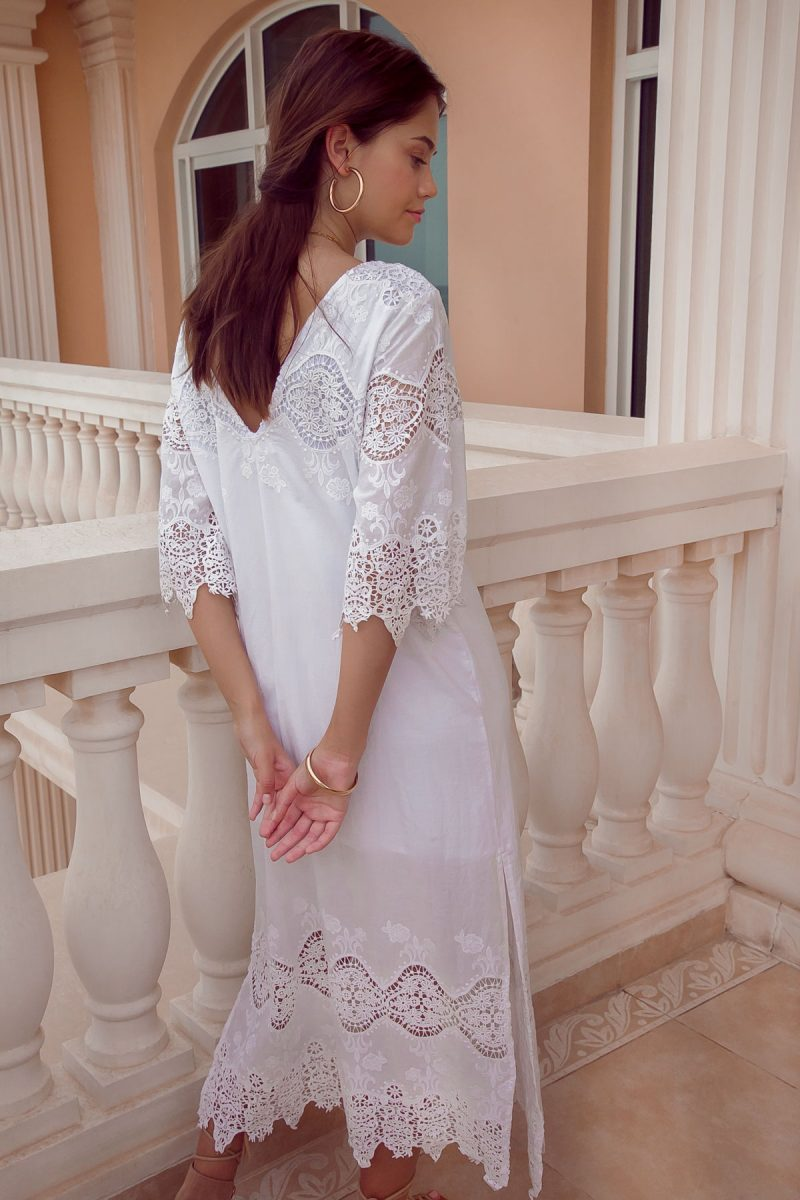 White-Bohemian-Maxi-Dress-with-sleeves-and-lace