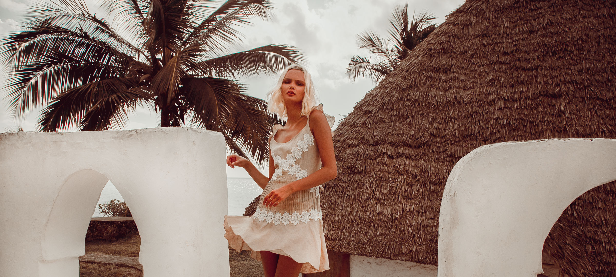 dd5752c48b Palm-Collective-Wholesale-linen-supplier-min. Zimmy-Linen-Dress-Short-with- Lace