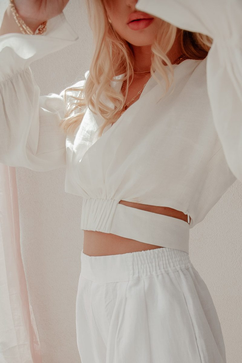 cropped white blouse long sleeve